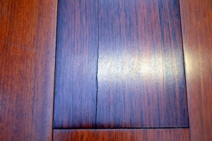 wood flooring problems checking in veneer